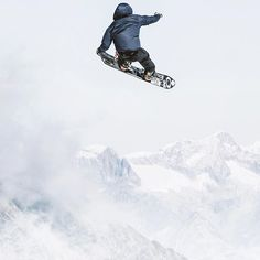 Sometime it's nice to play around with simple compositions.. Young bro with a tailgrab over the mountains in Saas Fee. @thestompinggroundspark @oakleysnowboarding #saasfee Snowboarding Photography, Ski, Saas Fee, Mount Everest, Play, Mountains, Nice, Simple, Nature