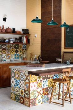 80 Favorite Colorful Kitchen Decor Ideas And Remodel for Summer Project 77 – Home Design Kitchen Paint, Kitchen Tiles, Kitchen Cabinets, Kitchen Island, Colorful Kitchen Decor, Kitchen Colors, Farmhouse Kitchen Decor, Home Decor Kitchen, Decorating Kitchen