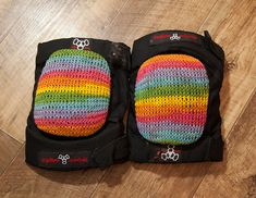 Knitted roller derby knee pad covers