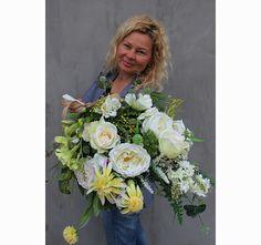 bukiet / dekoracja nagrobna Joe Floral Wreath, Wreaths, Home Decor, Flower Crown, Decoration Home, Door Wreaths, Deco Mesh Wreaths, Interior Design, Garlands