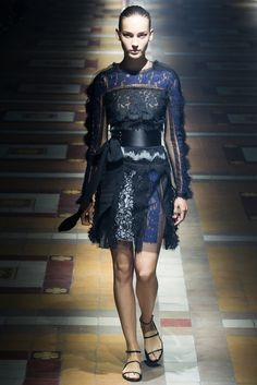 Lanvin Printemps 2015 Prêt-à-porter - Collection - Galerie - Style.com