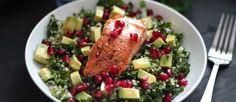 Deze salade van boerenkool is weer eens wat anders dan de Hollandse pot. De zalmfilet geeft deze salade een extra lekkere smaak!