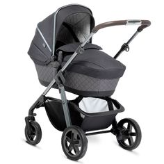 The Silver Cross Special Edition Henley Pioneer, shown here with the newborn carrycot.
