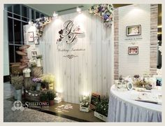 Wedding Stage Decorations, Backdrop Decorations, Backdrop Design, Photo Booth Backdrop, Wedding Show Booth, Wedding Background, Flower Backdrop, Backdrops For Parties, Event Decor