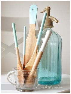 DIY spoon dip dying & vintage sparkling water maker