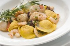 Welcome to Basta Pasta - Maryland's choice for Casual, Homemade Italian Cuisine. Food Now, I Love Food, Popular Italian Food, Italian Food Restaurant, Seafood Dishes, Italian Recipes, Yummy Food, Pasta, Meals