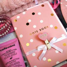 4 отметок «Нравится», 1 комментариев — UtiPutiBox подарки (@utiputibox) в Instagram: «Вы уже готовы к 8 марта🌷🌷🌷? Если нет, то у нас есть все, чтобы сэкономить ваше время на поиски…»