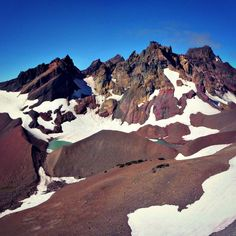 Broken Top is one of the more unique mountains in the Cascade range. An easy to moderate hike will take you to its glacial lake. Follow the Cascade Lakes highway and take the Todd Lake turnoff to experience one beautiful hike!