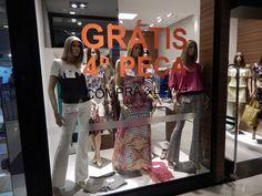 Sao Paulo - Brazílie (Brazil) - leden (January) 2015 - obchod s oděvy (a clothing store)