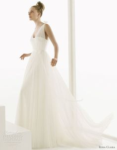 Rosa Clara 2011 bridal gown collection - Escocia satin and silk tulle wedding dress