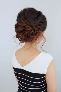 These Gorgeous Updo Hairstyle That You'll Love To Try! Whether a classic chignon, textured updo or a chic wedding updo with a beautiful details. These wedding updos are perfect for any bride looking for a unique wedding hairstyles… Wedding Hair And Makeup, Hair Makeup, Hairstyle Wedding, Wedding Updo With Braid, Skull Makeup, Makeup Hairstyle, Braided Wedding Hairstyles, Wedding Guest Updo, Low Bun Wedding Hair