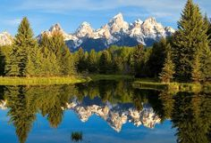 Visit These Beautiful And Breathtaking National Parks In America. Details About What Is The Park Known For And When Is The Best Time To Visit.
