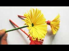 Origami Simple Flower Paper Roses Ideas For 2019 How To Make Paper Flowers, Paper Flowers Craft, Flower Crafts, Paper Crafts, Flower Paper, Easy Origami Flower, Origami Rose, Origami Flowers, Simple Flowers