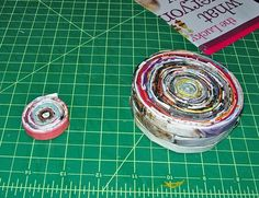 I hoard magazines. I cannot bear to throw them away even if I know I will never take the time to look at them again. Here's a way to use those magazines I feel too guilty to throw away and cr…