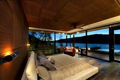 Bedroom with a view.. would never want to leave the BEDROOM..LOL