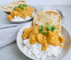Nem og lækker opskrift på Chicken Tikka Masala, en kendt indisk ret med masser af smag. Server med kogte ris, naanbrød og du har en lækker indisk aftensmad.