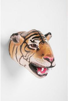 Inflatable Tiger Head. Wish I had some of these for that Safari party 4 years ago.