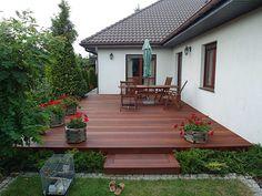 Build a single-storey house in a lush garden…
