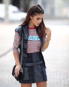 Navy and stripes! (Hair by @didierse ) Marinho e listras no primeiro look de hoje - usando conjunto Gloria Coelho e top Artsy - á venda na @optemais (e-commerce brasileiro super completo que tem uma curadoria de moda incrível ) #spfw #QGfhits @fhits by camilacoelho