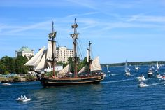 Tall Ship coming into the harbour with the Old Prison in the background. Tall Ships Festival, Granite State, Travel Abroad, New Hampshire, Sailing Ships, New England, Lighthouse, Road Trip, Old Things