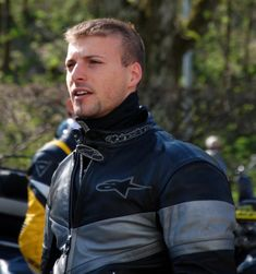 Motorcycle Leather, Motorcycle Jacket, Bike Leathers, Gay, Biker Gear, Handsome Faces, Passionate People, Jon Snow, Hot Guys