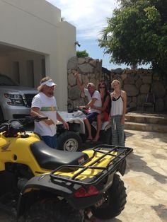 Surprise visit from Kenny Chesney in Cabo!, The Official Sammy Hagar Web Site Country Music Artists, Country Singers, Young George Strait, Cowboy Birthday Cakes, Kenney Chesney, Red Rocker, Sammy Hagar, Easton Corbin, Surprise Visit