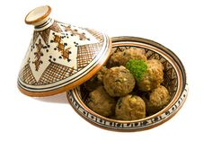 Spiced Lamb Balls (Burkina Faso) #recipe #food #dalekh leave alone the food ,the pot also looks nice representing African culture, do you know you can also win  by cooking this kind of recipe this is courtesy of ingredient matcher a competition I saw for more information visit:) https://www.facebook.com/IngredientMatcher