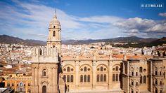 Beklim het dak van de kathedraal van Málaga! 200 treden omhoog voor een mooi uitzicht over de stad en de Montes de Málaga.