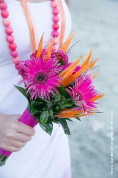 Destination Wedding Photographer || Hannah Hardaway || Punta Mita, Mexico Wedding || Casual Beach Wedding || Mexican Themed Colorful Wedding || Gerbera Daisies || www.hannahhardawayphoto.com
