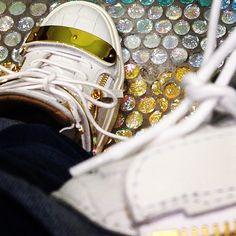 Zanotti shoes: photo by @saintninian