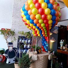 Festa Mundo Bita: 50 ideais criativas para adicionar à decoração Baby Boy Birthday, Rainbow Birthday, Balloon Decorations, Birthday Decorations, 1st Birthday Photoshoot, Hostess Gifts, Event Decor, Balloons, Birthday Parties