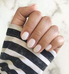 Short coffin shaped gel nails color is opi bubble bath almond nail Coffin Nails, Nails Opi, Glitter Gel Nails, Stiletto Nails, Nail Polishes, Acrylic Nails, Almond Gel Nails, Short Almond Nails, Almond Nails Designs