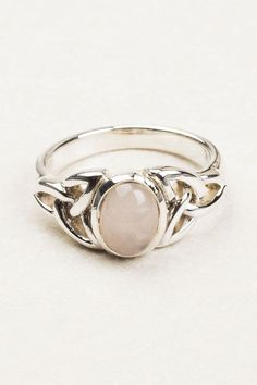 Oval Celtic Ring.  Beautiful silver jewellery at Tree of Life, Boho fashion desirables