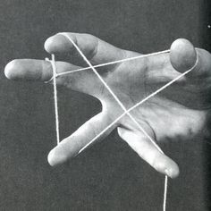 From The Amazing Yo-Yo, Ross R. Olney, photos by Chan Bush, 1980