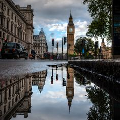 London Reflections by Vulture Labs, via 500px