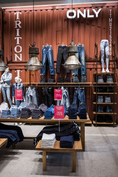 ONLY Store by Retail Fabrikken, Herning – Denmark » Retail Design Blog