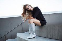 Las botas con purpurina, la nueva tendencia rompedora de Saint Laurent