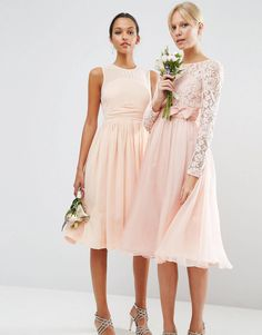 Discover the latest fashion trends with ASOS. Order today from ASOS. Wedding Robe, Asos Wedding, Wedding Dresses, Blush Pink Bridesmaid Dresses, Robes Midi, Dress Out, Latest Fashion Clothes, Fashion Online, Mi Long
