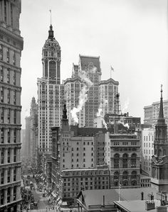 New York City Photo Singer Building Black White Photography Old Pictures, Old Photos, Vintage Photos, Shorpy Historical Photos, Foto Gif, Ville New York, A New York Minute, New York City Photos, Vintage New York