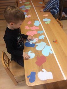 Kindergarten, Kids Rugs, Games, Seasons Of The Year, Winter, Kid Friendly Rugs, Kindergartens, Gaming, Preschool