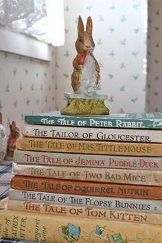 Peter Rabbit Collection, by Beatrix Potter Beatrix Potter Books, Beatrix Potter Nursery, Peter Rabbit And Friends, Peter Rabbit Books, Peter Rabbit Nursery, Beatrice Potter, Deco Kids, Storybook Cottage, Nerd