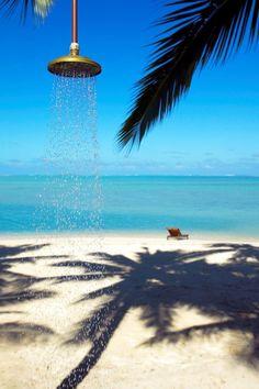 blue and white: the inspiration behind the new British lifestyle brand - chartwellandg. Pacific Resort Aitutaki - Beach shower #blue #vacation