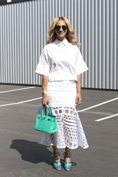 Pin for Later: 43 Chic Summer Outfits That Are Perfect For 30-Somethings All-white with a pop of green and a lot of texture