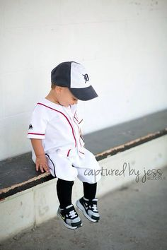 45cf8da55caeec155d7b51608b35491a.jpg (236×354) & Cole David 2014: Halloween costume toddler baseball player Yankees ...