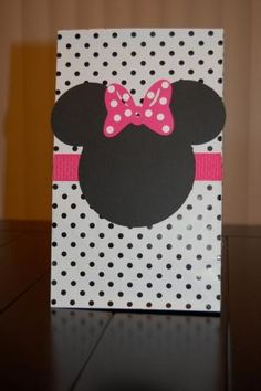 Minnie Mouse Favor Bags ... So cute!! by krista