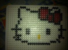 Sous verre Hello Kitty en perles Hama