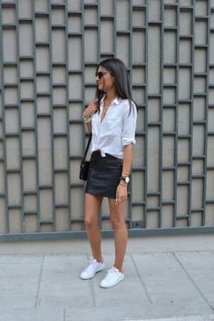 Inspiration look Day to night : Jupe en cuir X Chemise blanche JUNE sixty-five