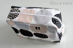 Diy Bags Purses, Diy Purse, Fabric Crafts, Sewing Crafts, Sewing Projects, Diy Projects To Try, Diy Clothes, Handicraft, Printing On Fabric