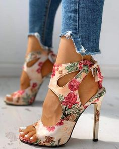 Floral Print Peep Toe Cut Out Thin Heeled Sandals Women's Online Shopping Offering Huge Discounts on Dresses, Lingerie , Jumpsuits , Swimwear, Tops and More. Pretty Shoes, Beautiful Shoes, Cute Shoes, Me Too Shoes, Stilettos, Stiletto Heels, Peep Toe Pumps, Women's Pumps, Shoe Boots