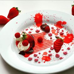 ricotta with strawberries and raspberry sauce  #chefsplateform #breakfast #theartofplating #strawberries #raspberry #foodstarz_official #foodstagram #food #foodstyling #chef #mywork #foodart #foodgasm #foodie #foodporn #yummi #tasty #gastronomy #czechchef #cooking #chefslife #foodaholic #chefstalk #czech #kitchen #cook #cooking #culinaryart #foodpic #artofplating #eat by chef_martindubrava